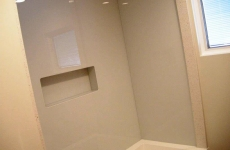 Backpainted-glass-walls-for-shower-enclosure
