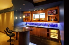 Basement_Bar_with_backpainted_Linen_pattern