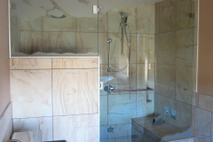 custom_mountain_edge_shower_with_custom_sandblast_design