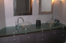 Glass_Countertops__raised_Matelux_vanity_top