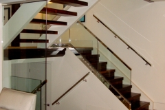 Glass railing 14