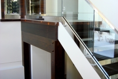 Glass railing 15