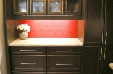 red-back-painted-niagra-glass-backsplash1
