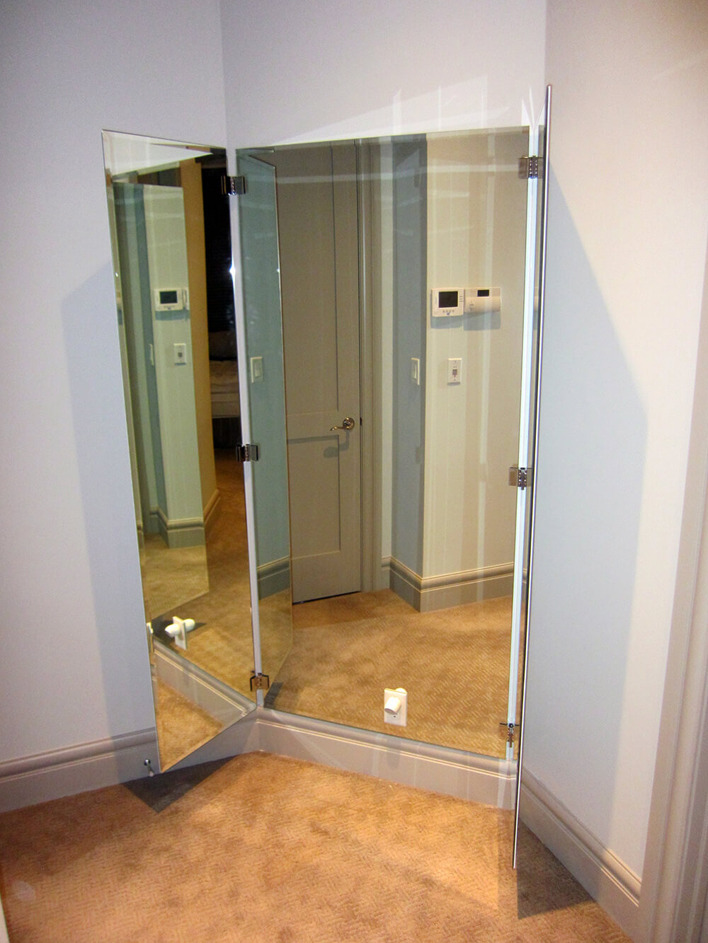 Three Way Mirror 1
