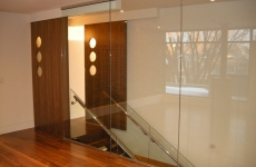Glass-partition-with-glass-railing