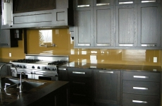 Backpainted-glass-kitchen-backsplash-website-flash