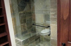 Frameless_steam_shower
