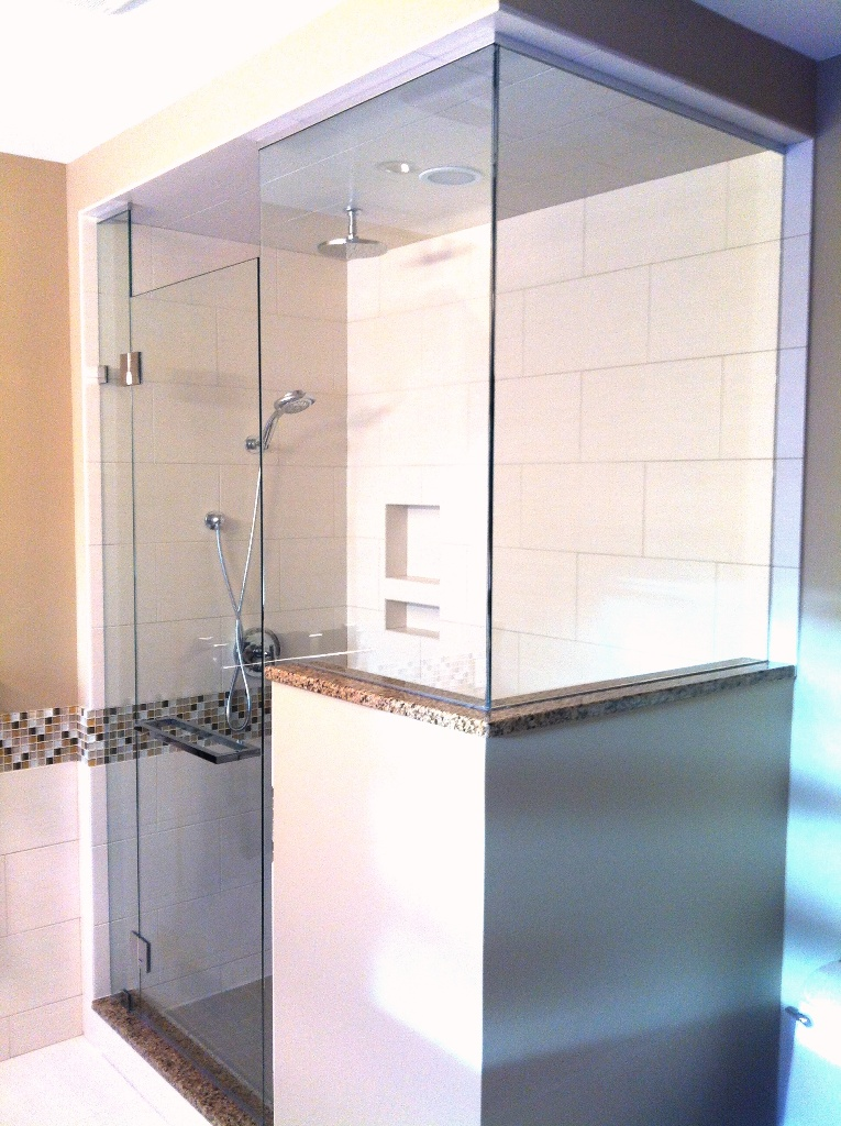 Frameless Shower Doors House Of Mirrors Amp Glass