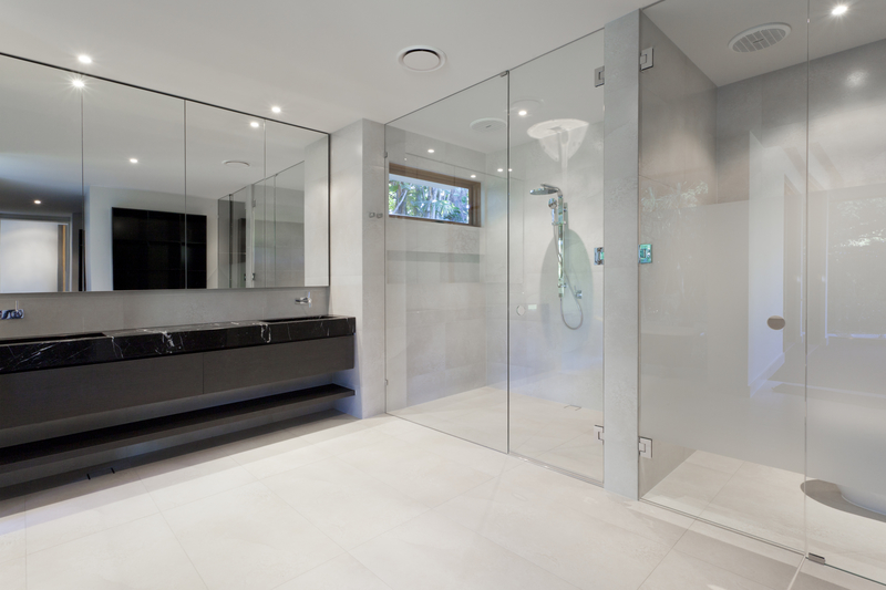 Three Glass Trends for a Sleek 2019 Style - House of Mirrors - Mirrors and Glass Calgary