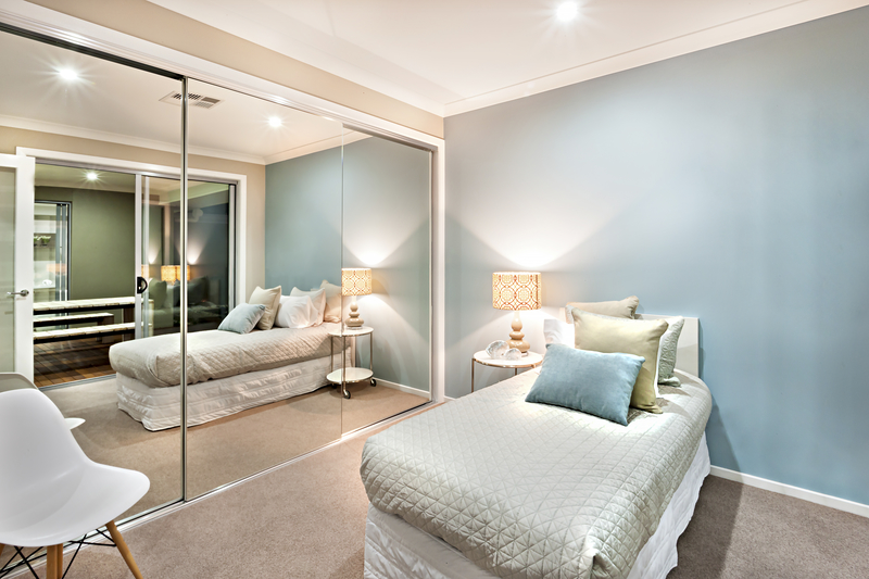 Full-Size Mirror Decor Tips & Tricks - House of Mirrors - Mirrors and Glass Calgary