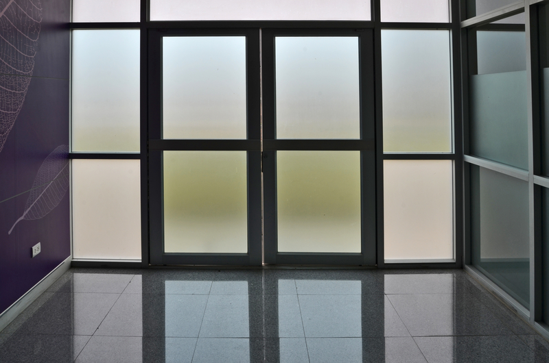 Why Use Frosted Glass? - House of Mirrors - Mirrors and Glass Store - Featured Image