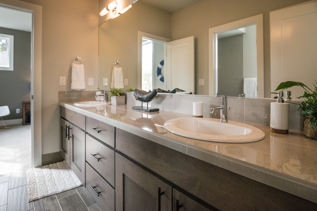 Framed or Frameless Mirror? - House of Mirrors - Mirrors and Glass Shop - Featured Image